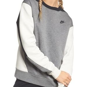 Nike Colorblock Fleece Top